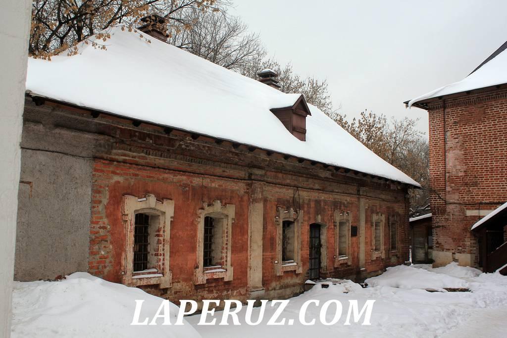 naberejnye_palaty_krutickoe_podvorie_moskva_1