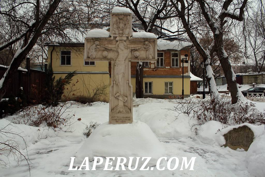 poklonnyi_krest_krutickoe_podvorie_moskva