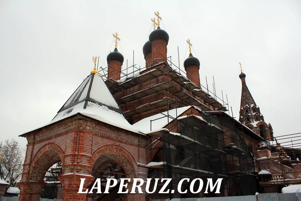 uspenskiy_sobor_krutickoe_podvorie_moskva_1