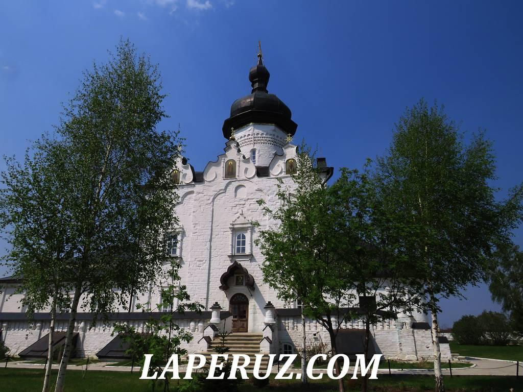 uspenskiy_sobor_sviyajsk_1