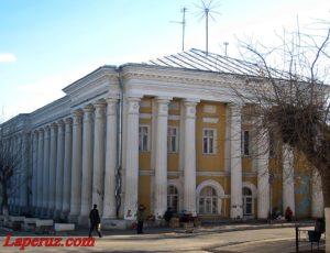 Гостиный двор (Гостиница «Цемент») — Вольск, улица Коммунистическая, 9