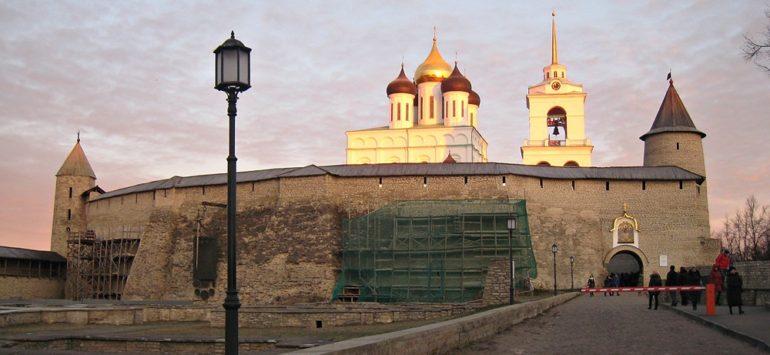 Реставрация Персей во Пскове завершена