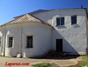 Крестовоздвиженская церковь — Балахна, улица Дзержинского, 9