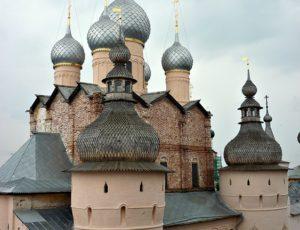 Надвратная церковь Воскресения — Ростовский кремль