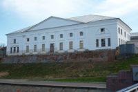 Старая хлебная (лоцманская) биржа — Рыбинск, Волжская набережная, 4
