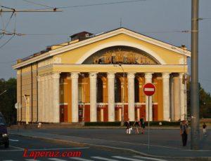 Музыкальный театр Республики Карелия — Петрозаводск, площадь Кирова, 4