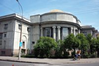 Центральная (Морская) библиотека Кронштадта — Кронштадт, улица Советская, 49