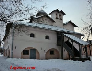 Церковь Жён-Мироносиц — Великий Новгород, улица Никольская, 3
