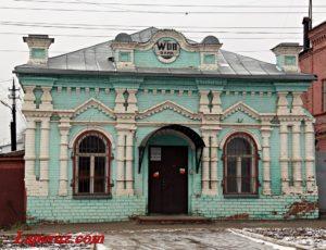 Лабаз купца Божедомова — Аткарск, улица Гагарина, 48