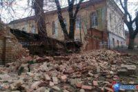 Возле новочеркасского памятника архитектуры обрушилась стена