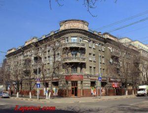 Жилой дом — Саратов, улица Большая Казачья, 32
