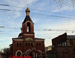 Свято-Серафимовская церковь — Саратов, улица Университетская, 70