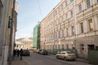 """В Москве началась реставрация главного фасада """"Театрального дома"""""""