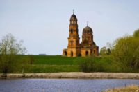 В Ульяновской области активисты пытаются спасти церковь