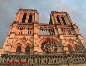 Собор Парижской Богоматери (Notre Dame de Paris) — Париж, 6, Place du Parvis Notre Dame