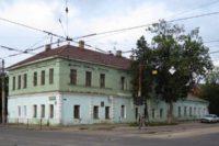 Градозащитники требуют обязать мэрию Орла следить за памятниками