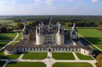 Во Франции уходит под воду замок Шамбор