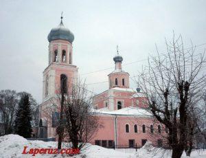 Троицкий собор — Валдай, площадь Свободы