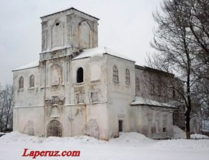 Церковь Введения Пресвятой Богородицы в храм Господень — Валдай, площадь Свободы