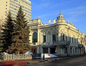 Дом Ушковой (Национальная библиотека республики Татарстан) — Казань, улица Кремлёвская, 33