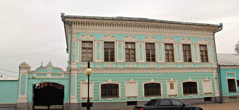 Дом купца Николаева (Музей истории города) — Елабуга, улица Казанская, 26
