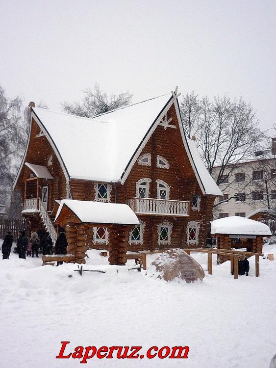 Терем Снегурочки — Кострома, улица Лагерная, 38