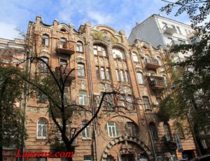 Жилой дом — Киев, улица Архитектора Городецкого, 15