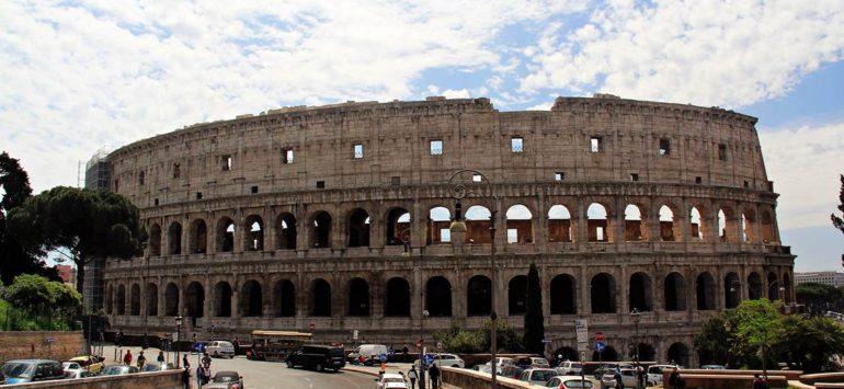 Колизей (Colosseo) — Рим, Piazza del Colosseo, 1