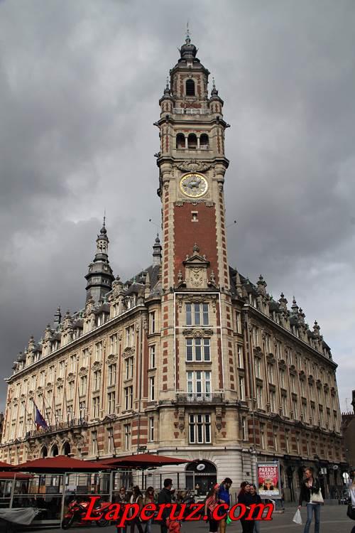 Здание торгово-промышленной палаты (Chambre de commerce et d'industrie) — Лилль, Place du Théâtre