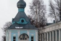 Часовня Николая Чудотворца при вокзале (новая) — Старая Русса, Привокзальная площадь