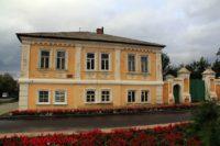 Дом священнослужителя — Острогожск, бульвар Крамского, 5