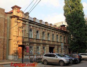 Дом инженера Ф.Я. Бузика (Саратовский этнографический музей) — Саратов, улица Ульяновская, 26