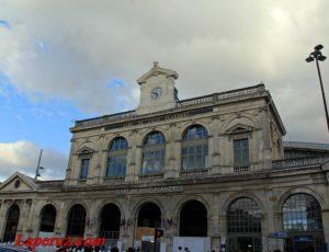 Железнодорожный вокзал Лилль-Фландрия — Лилль, Place des Buisses, 1