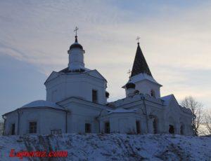 Храм Воскресения Христова — Таруса, улица Ефремова, 13А