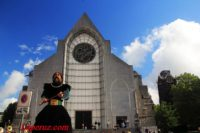 Нотр-Дам-де-ла-Трей (Notre-Dame-de-la-Treille) — Лилль, Place Gilleson