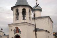 Церковь Покрова Богородицы от Нового Торга — Псков, улица Карла Маркса, 36