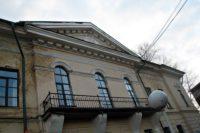 Дом Брылкина (Губернский почтамт) — Псков, улица Советская, 7