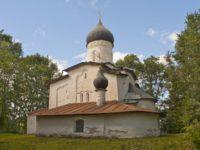 В Псковской области разрушается уникальная церковь