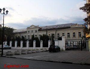 Архиерейский дом — Саратов, улица Волжская, 36