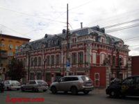 Здания бывших торговых корпусов на бывшем Верхнем базаре — Саратов, улица Московская, 72С2, 72С3