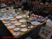 Блошиный рынок Нашмаркт в Вене