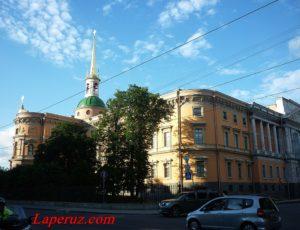 Михайловский (Инженерный) замок — Санкт-Петербург, улица Садовая, 2