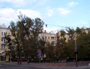 Жилой дом — Астрахань, улица Советская, 17