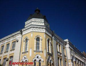 Мариинская женская гимназия (Астраханская государственная консерватория) — Астрахань, улица Советская, 23