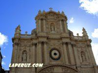 Церковь святых Павла и Людовика (Église Saint-Paul-Saint-Louis) — Париж, 99 Rue Saint-Antoine