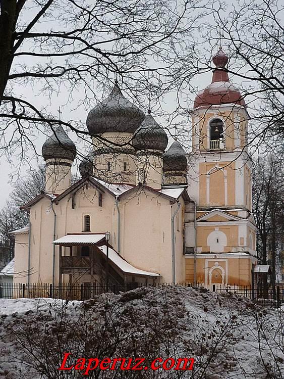 Церковь Феодора Стратилата на Щиркове улице — Великий Новгород, улица Стратилатовская, 9