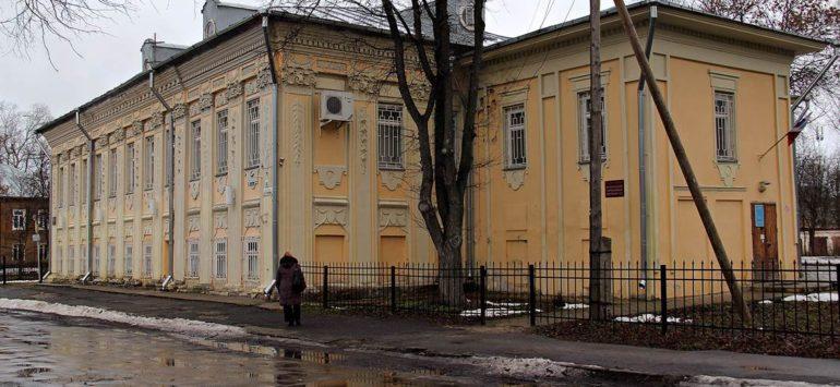 Дом губернского правления (Дом Барша) — Вологда, Набережная 6-й Армии, 101
