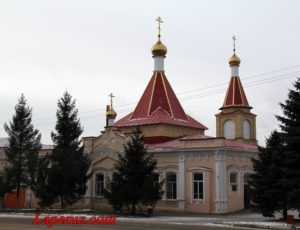 Храм Архангела Михаила — Аткарск, улица Советская, 84