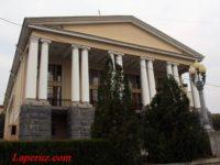 Волгоградский музыкальный театр — Волгоград, улица Маршала Чуйкова, 4