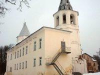 Воротная башня Гостиного двора — Великий Новгород, Ярославово Дворище